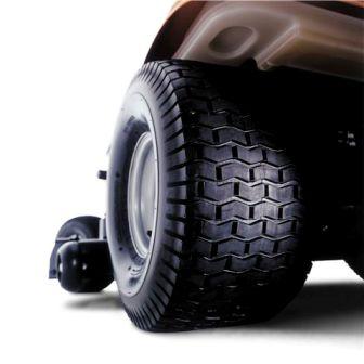 Husqvarna GTH52XLS huge rear tires