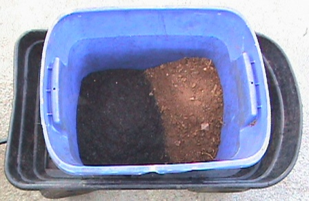 Equal portions of garden soil and dirt.