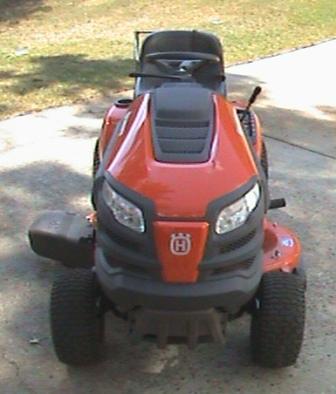 Husqvarna YTH18542 Garden Tractor