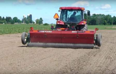 Brillion commercial agricultural seeder