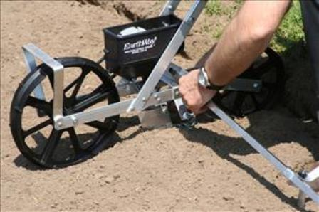 Earthway 1001-B kickstand and row marker
