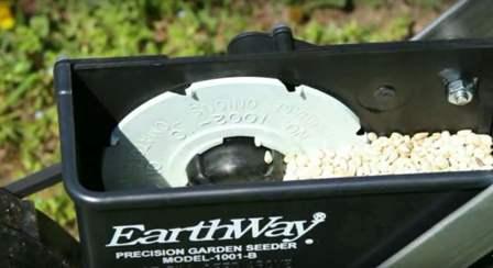 Earthway 1001-B seed hopper