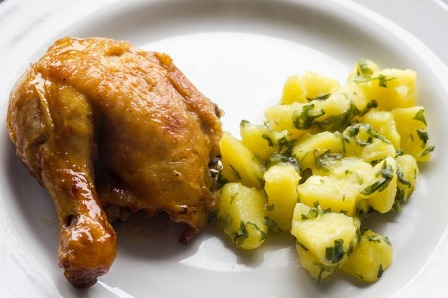 Baked chicken and boiled potatoes.