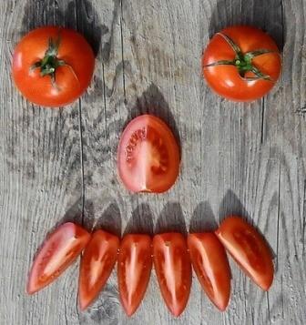 Funny tomato picture.